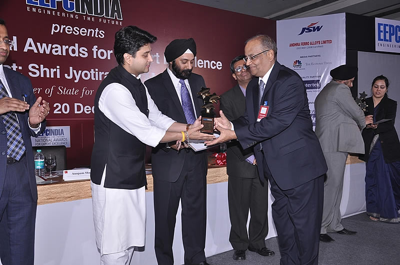 JLC Nicekl Alloys wins the EEPC India National Award for Export Excellence during 2009-10 – Star Performer - Non Ferrous Metals given By Engineering Export Promotion Council (EEPC), India